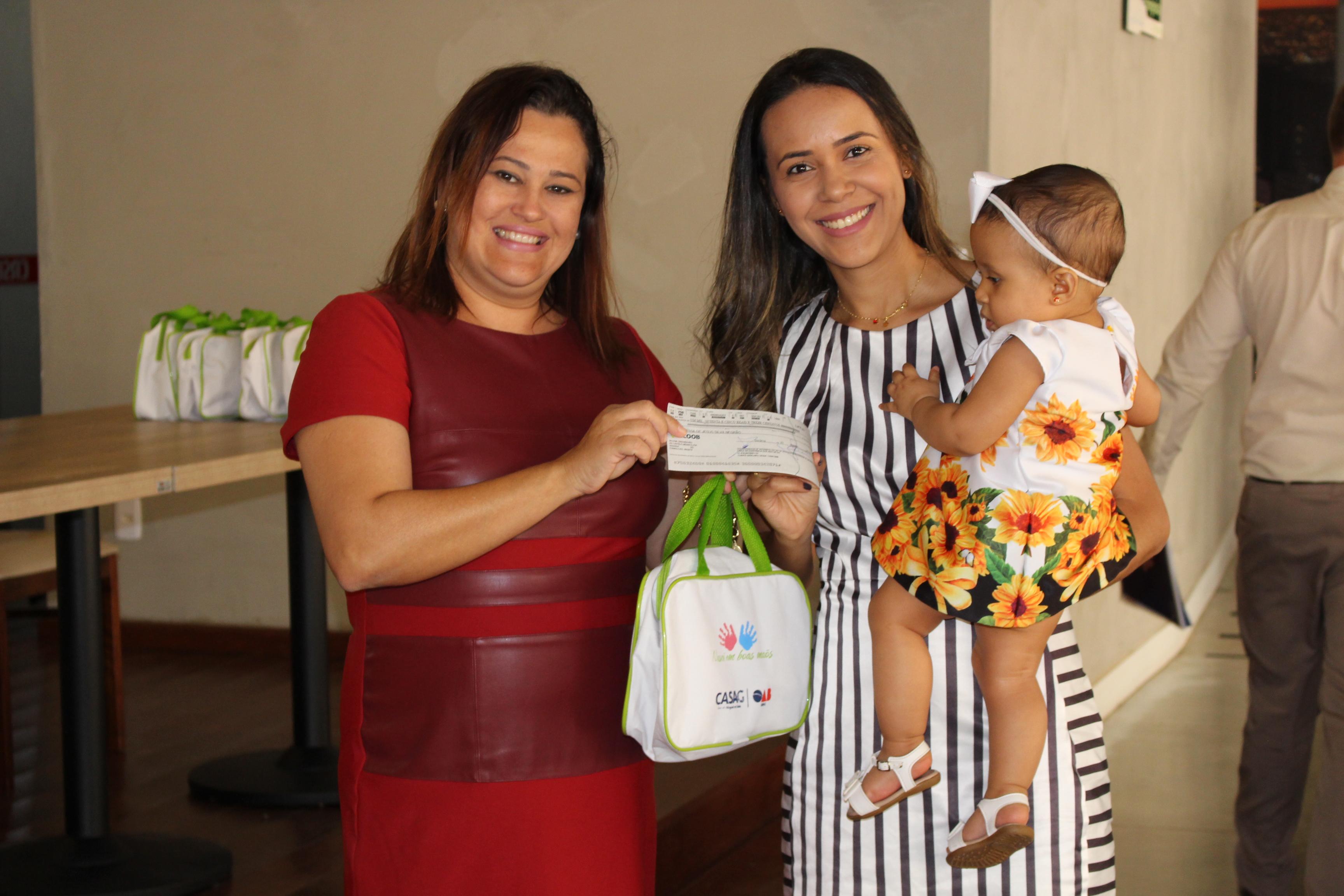 CASAG entrega mais de R$ 50 mil em auxílio-maternidade