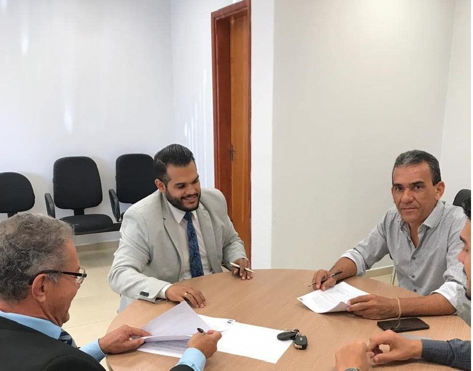 CASAG e Subseção de Caldas Novas fecham parceria com posto de combustível